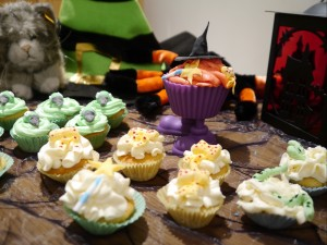 You may also like: Room on the broom cupcakes.