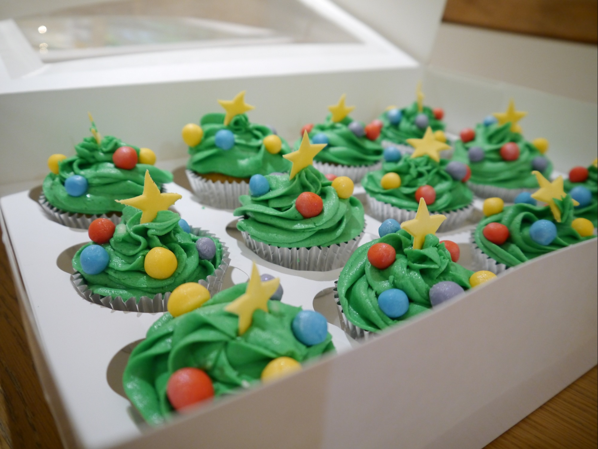 Christmas Tree Pinata Part - 42: Christmas Tree Cupcakes 4