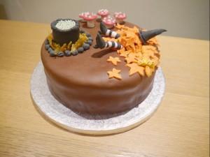 room on the broom chocolate cake