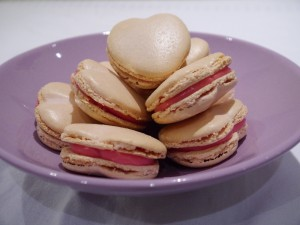 Heart shaped macrons